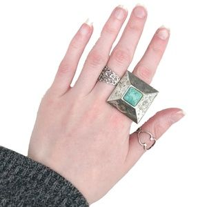 Jewelry - Adjustable large square ring